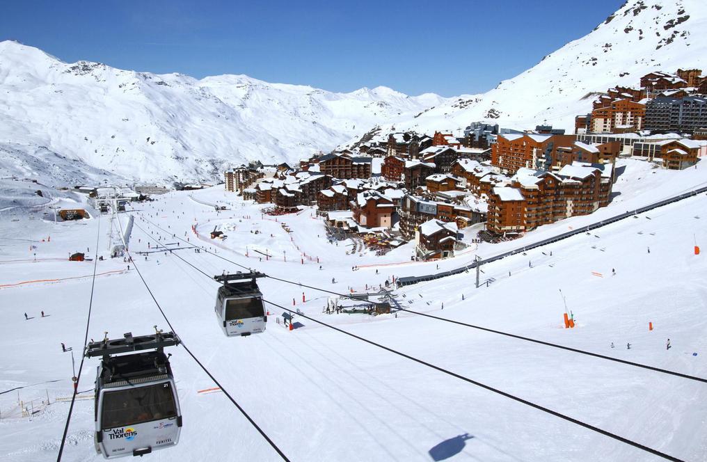 玩不了雪可以玩水:法国滑雪站高招解决缺雪问题
