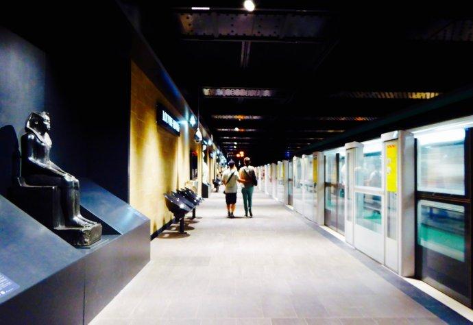 地铁里的诱惑三邦_巴黎地铁站:在艺术的殿堂中穿行_资讯_欧时代